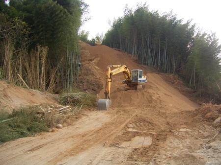 2. 掘削し、その土を-1